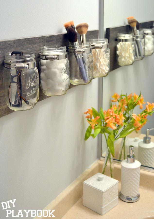 Mason-jar-bathroom-organizer