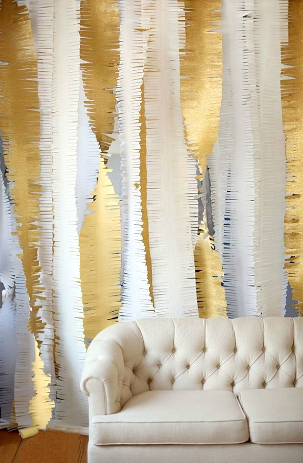 diy-gold-fringe-garland-new-years
