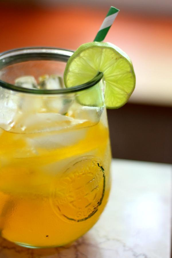 low-carb-caribbean-rum-punch